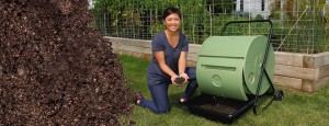 make compost easily with Mantis composters