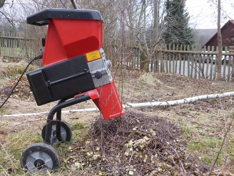 29 - garden shredder - public domain