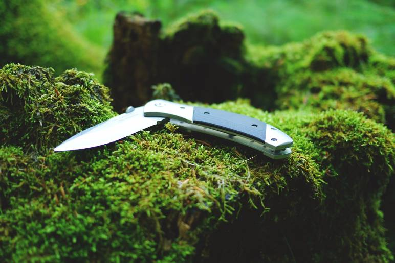 38 - safety knife - public domain