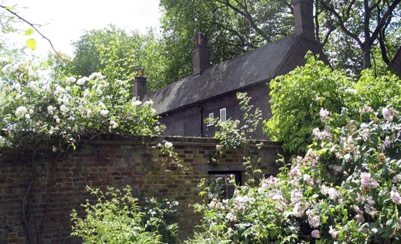 Geffrye Museum Gardens[1]