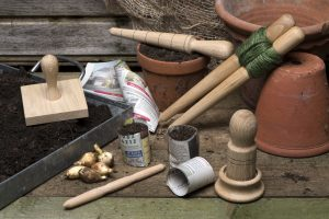 Set of tools for sowing and planting